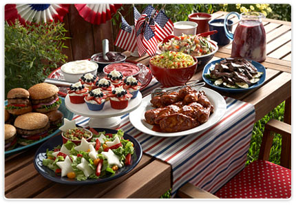 how to host a great memorial day backyard barbeque